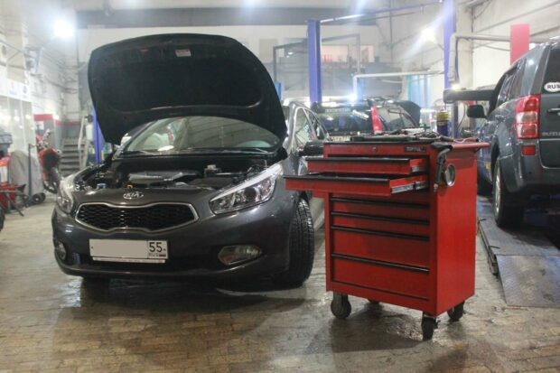 Техцентр Автодром располагает всем необходимым инструментом для ремонта HYUNDAI и KIA