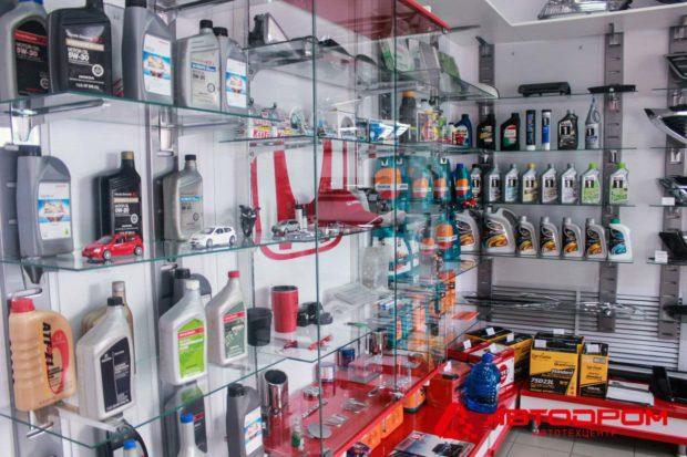 Собственный склад-магазин автозапчастей в автотехцентре «Автодром»